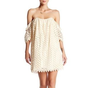 Tularosa Amelia Lace Off the Shoulder Dress Medium